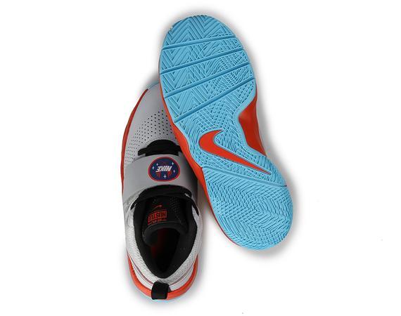 separation shoes 816a1 f6e34 TENIS NIKE TEAM HUSTLE D 8 SD (GS) INFANTIL